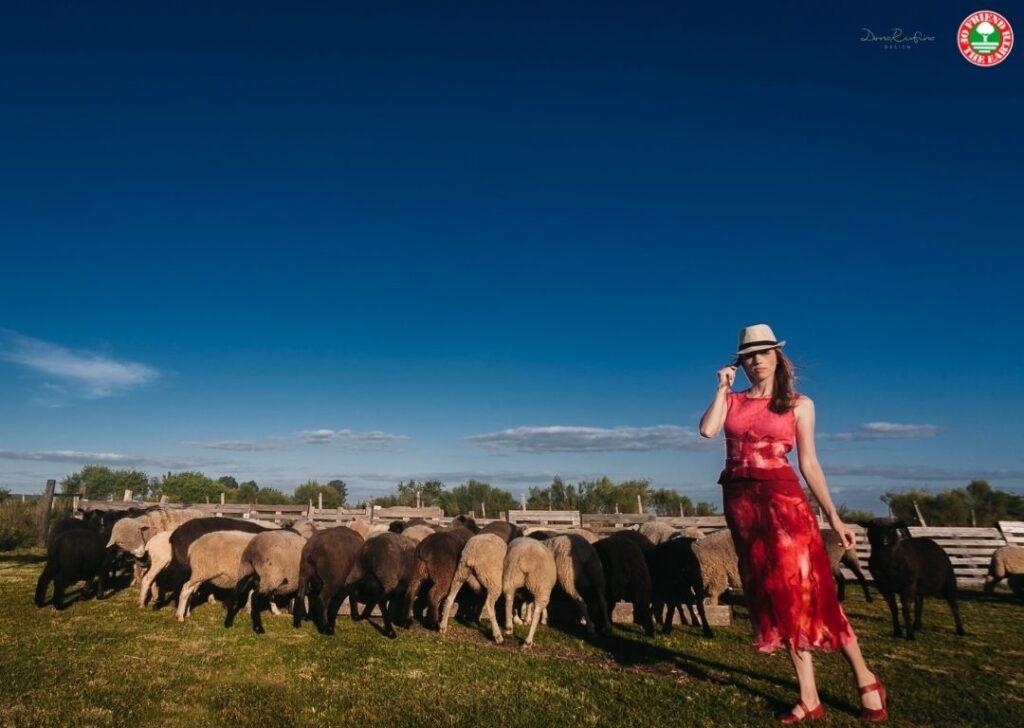 Il brand di moda Dona Rufina Marca offre un'alternativa innovativa e sostenibile al feltro